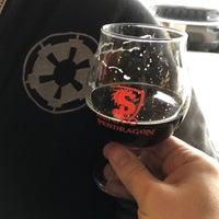 Photo prise au House of Pendragon Brewing Co. par Scott L. le12/22/2019