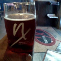 Das Foto wurde bei Nexus Brewery von Lonnie K. am 7/13/2013 aufgenommen