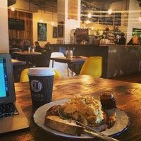 Foto scattata a Yorks Bakery Cafe da James B. il 4/23/2014