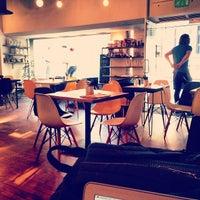 Foto scattata a Yorks Bakery Cafe da James B. il 7/17/2013