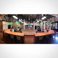 Photo prise au Cook Street School of Culinary Arts par Cook S. le9/26/2014