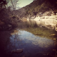 Foto tirada no(a) Bull Creek Greenbelt por Chris G. em 1/12/2013