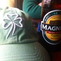 Снимок сделан в Paddy Whacks Irish Sports Pub пользователем John L. 3/17/2013