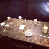 7/31/2014 tarihinde Audrey R.ziyaretçi tarafından Amy's Coffee House'de çekilen fotoğraf