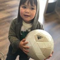 Das Foto wurde bei Pro Soccer Store von Mandy ✨. am 1/6/2019 aufgenommen
