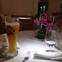 10/12/2014에 ryan d.님이 Restaurant Karlshöhe에서 찍은 사진