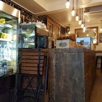 Foto tomada en Urban Tea Rooms por S P. el 7/8/2016