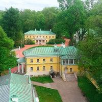 Das Foto wurde bei Музей-заповедник «Горки Ленинские» von Музей-заповедник «Горки Ленинские» am 5/14/2015 aufgenommen