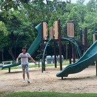 Das Foto wurde bei 60th Anniversary of Queen Sirikit Park von Qp P. am 10/10/2016 aufgenommen