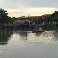 Das Foto wurde bei 60th Anniversary of Queen Sirikit Park von Qp P. am 6/1/2016 aufgenommen