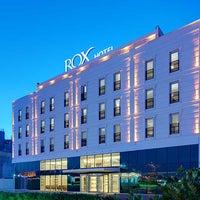 รูปภาพถ่ายที่ Rox Hotel โดย Rox Hotel เมื่อ 10/30/2014