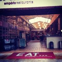 Foto tomada en EAT por Elisa S. el 9/23/2012