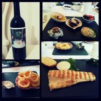 Foto tomada en Trilye Restaurant por Sirvan Reya N. el 5/22/2014