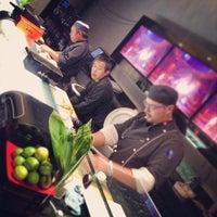 Photo prise au The Sushi On Sunset par Asaf T. le5/24/2013
