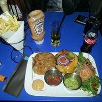 Photo prise au El Cafe par Christophe G. le10/19/2012