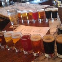 5/2/2013 tarihinde Mitch W.ziyaretçi tarafından Widmer Brothers Brewing Company'de çekilen fotoğraf