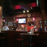 5/24/2014にJini M.がCostello's Tavernで撮った写真
