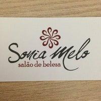 Foto tirada no(a) Sonia Melo Salão de Beleza por Adriane Mutsumi O. em 8/2/2013