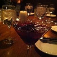 Foto scattata a The Keg Steakhouse + Bar da Marlene L. il 12/25/2012
