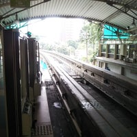 RapidKL Raja Chulan (MR7) Monorail Station - Light Rail