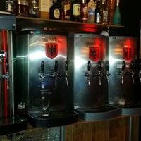 Foto tirada no(a) Mönch Bier Pub Cervejas do Mundo por Mönch B. em 5/23/2015