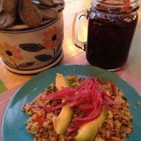 11/22/2013 tarihinde PDXHappyHour G.ziyaretçi tarafından Las Primas Peruvian Kitchen'de çekilen fotoğraf
