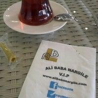 Снимок сделан в Ali Baba Restaurant & Nargile пользователем Güneş E. 5/31/2015