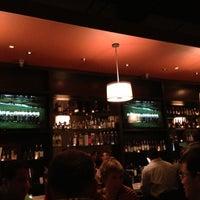 Das Foto wurde bei The Hudson Bond von Ray W. am 11/30/2012 aufgenommen
