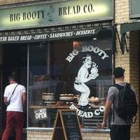 Foto scattata a Big Booty Bread Co. da Fatima W. il 8/14/2013