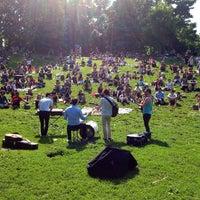 6/15/2013にRyan W.がTrinity Bellwoods Parkで撮った写真