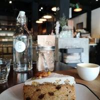 Photo prise au Factory Espresso Bar par Peter B. le11/16/2018