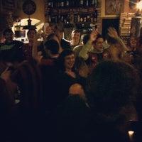 Foto tirada no(a) Taverna Barcelona por ᴡ W. em 3/12/2013