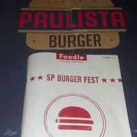 Foto diambil di Paulista Burger oleh Hugos N. pada 11/13/2013