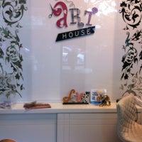 Photo prise au Art House par Ligia D. le11/7/2012