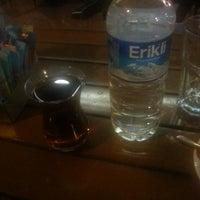 Das Foto wurde bei Mısır Cafe von Bülent T. am 9/2/2014 aufgenommen