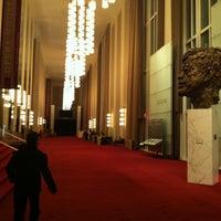 Foto scattata a Kennedy Center Opera House da Fiorella F. il 3/30/2013