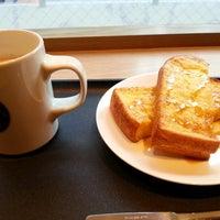 รูปภาพถ่ายที่ Tully's Coffee โดย naosandez เมื่อ 10/16/2012