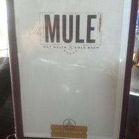 Foto tirada no(a) The Mule por Christine M. em 9/26/2012