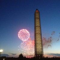 รูปภาพถ่ายที่ อนุสาวรีย์วอชิงตัน โดย Jeremy N. เมื่อ 7/5/2013