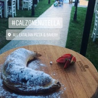 Foto scattata a All Eatalian ( Pizza - Bakery - Breakfast ) da Ayt T. il 8/1/2017