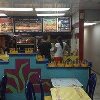 Foto tomada en Burger King por Alvi el 9/5/2013