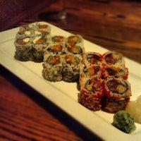 Photo prise au Natsumi par Mike Q. le12/22/2012