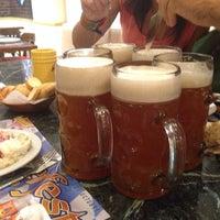 Photo prise au La Fabrica Museo de La Cerveza par Samantha I. le9/21/2013