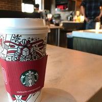 Foto scattata a Starbucks da Mark P. il 11/24/2017
