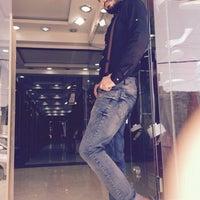 Foto tomada en Kashkha Shoes por Hatem A. el 11/12/2014