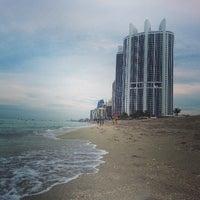 7/28/2013 tarihinde Daniel P.ziyaretçi tarafından Trump International Beach Resort'de çekilen fotoğraf