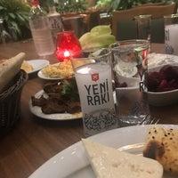 Foto tirada no(a) Çakıl Restaurant - Ataşehir por Gamze em 9/13/2018