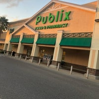 Photo prise au Publix par Johnnie W. le10/26/2018