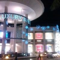 Foto tomada en Kukulcán Plaza por Aileen S. el 12/2/2012