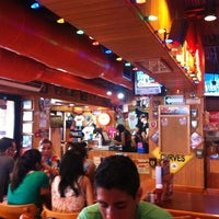 Foto tomada en Hooters por Jorge P. el 7/15/2012